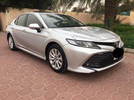 Toyota Camry GLE 2020