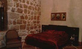 Villa in kfardebian for rent 2