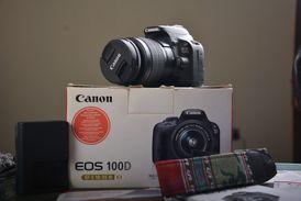 camera Canon100D