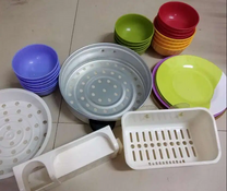 dish and steem and tooth brush stand