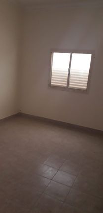 flat for rent in hamad town roundabout 2 right