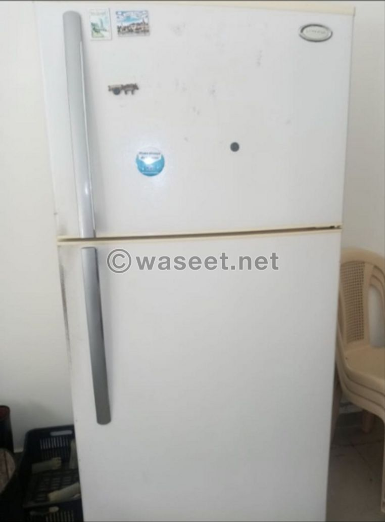 for sale oven and fridge 24 feet used 2