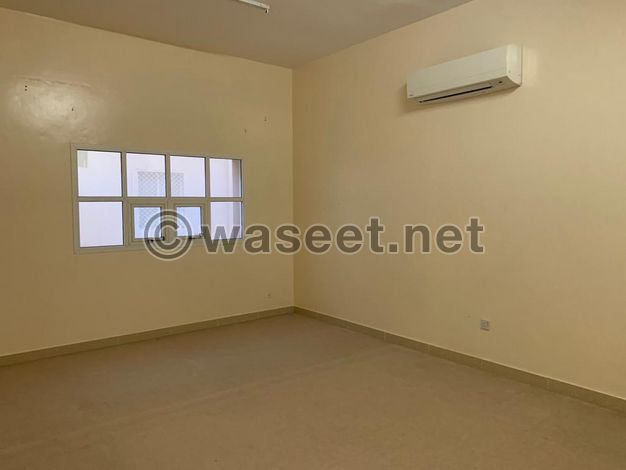 3 bedroom  hall with separate entrance