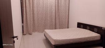 غرفة كبيرة في ابراج الريم الجميلة للايجار