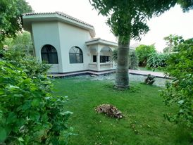 villa with private garden exclusive