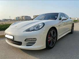 Porsche Panamera 4s Model 2012