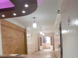 شقة للايجار 144م على خالد بن الوليد الرئيسى