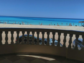 شاليه للإيجار بقرية بلوبيتش على شاطئ الابيض