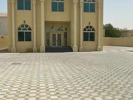 Villa for rent in Ajman Jurf Ajman area 15000 feet