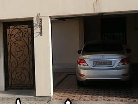 للبيع بيت في داركليب دوار 20 مقابل مسجد الامام الهادي