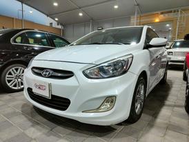 Hyundai Accent Model : 2016