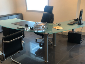 Second hand office furniture in best condition for sale