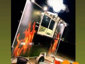عربة طعام ( فود تراك ) البيع كاش أو بنظام التقسيط