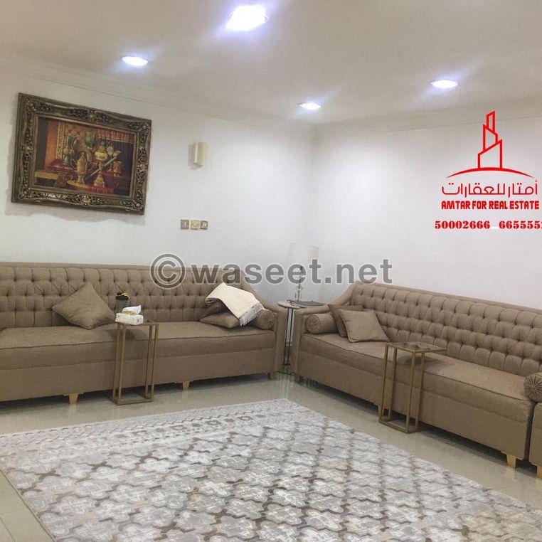 للبيع بيت شعبي موقع ممتاز وراقي