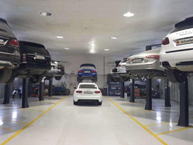 Car repair garage specialized in accidents