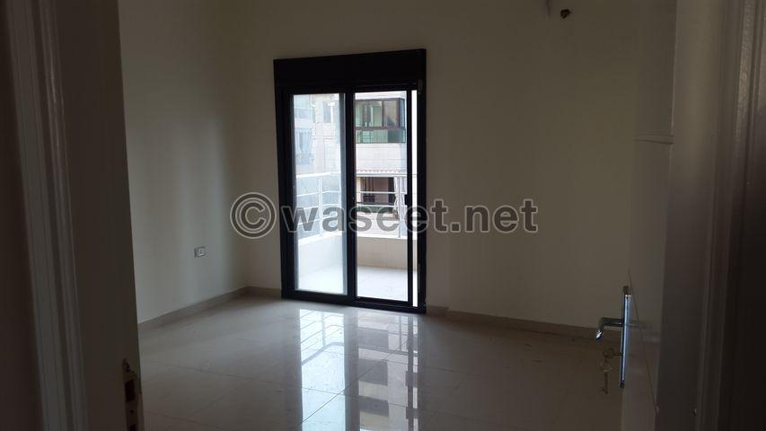 شقة للبيع في دوحة عرمون  كاشفة 8