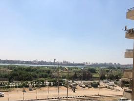 شقة للبيع فيو مباشر على النيل حدائق حلوان عمارات الشركة السعودية