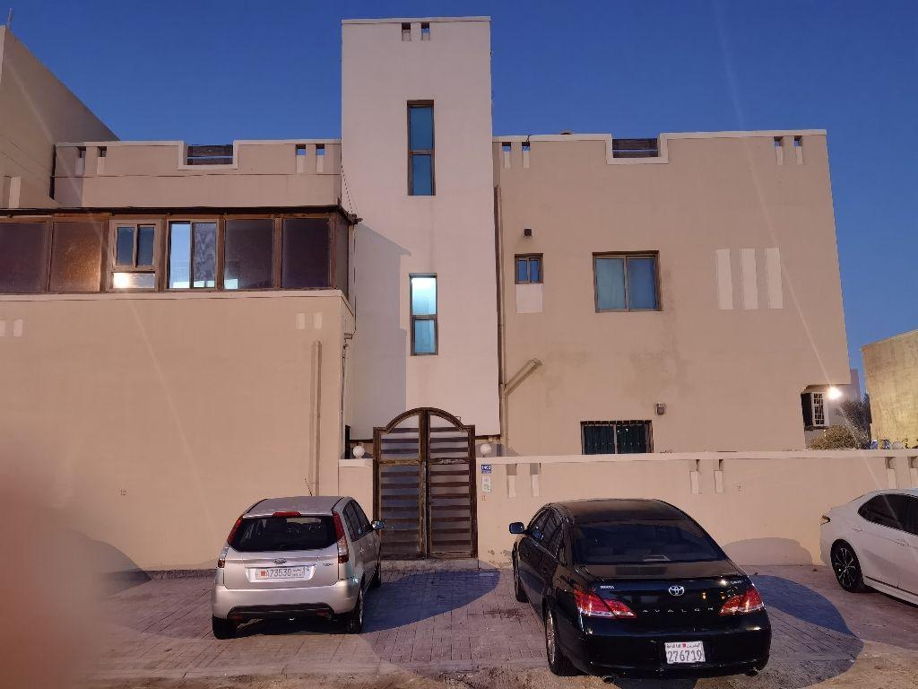 للإيجار شقة في جبلة حبشي