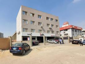 مركز خدمة سيارات فى ميدان محمد زكى