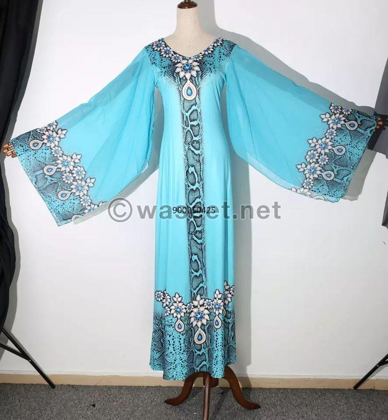 للبيع ملابس حريمي 3