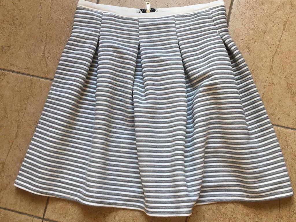 Skirt small 8