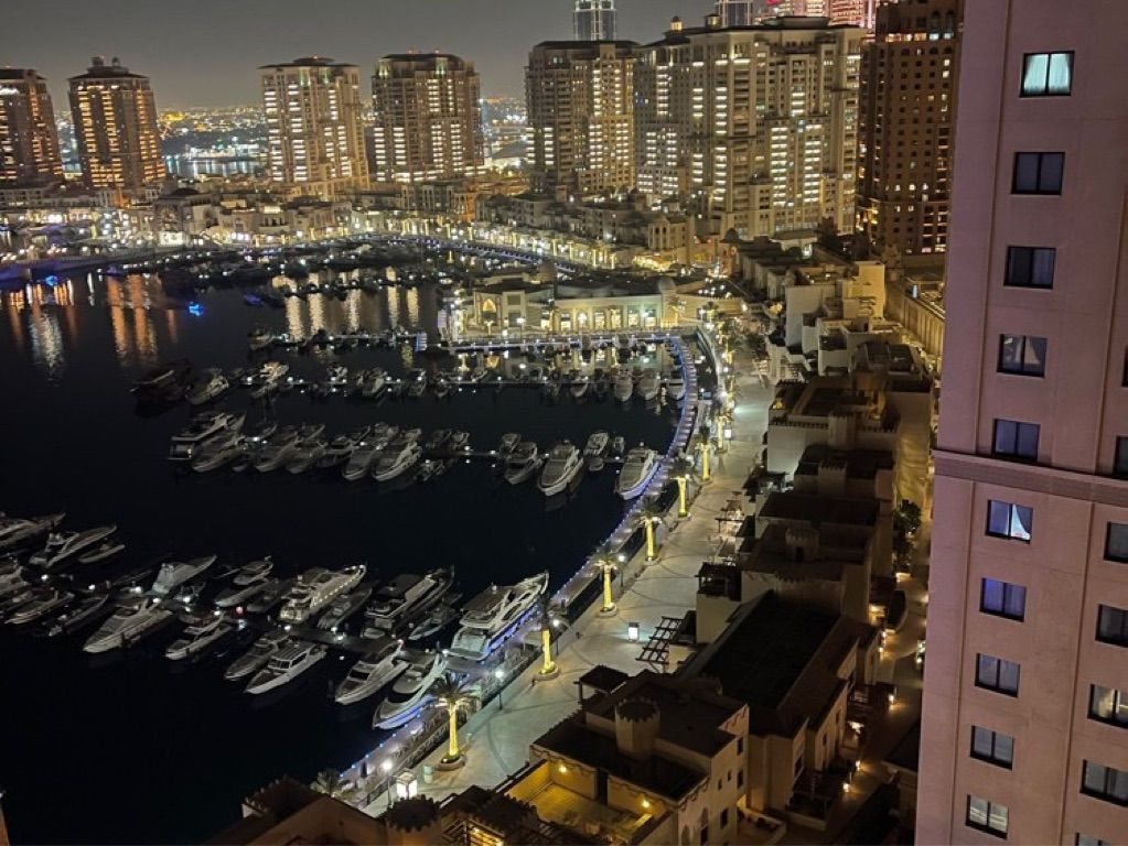 For sale apartment in the pearl 2