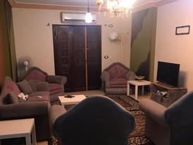 فيصل اللبيني شارع خالد بن الوليد عقار رقم 7