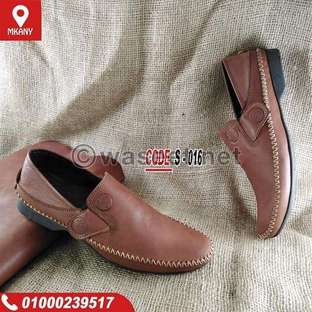 حذاء جلد طبيعي من الداخل والخارج مزود بنعل ربر