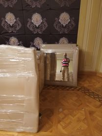 Furniture Moving & International Shipping Company6