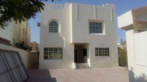 Full Commercial villa For Rent At Hilal 550m