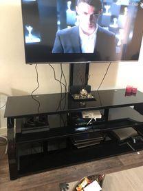 طاوله تلفاز جديدة