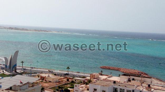 صيف في مطروح شقه للايجار المصيفي فيو كامل للبحر بشارع الاسكندريه