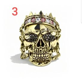 set of deffremale Accessories 6rings shaped like a skull role