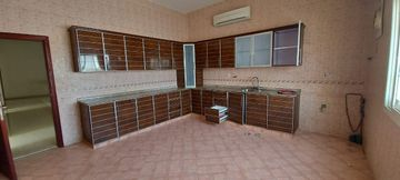 six bedroom hall 6 bath at Al Shamkha