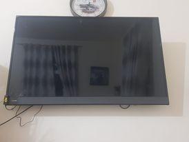 شاشة للبيع سمارت فل اتش دي ٤٨ بوصة